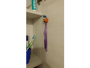 Simple toothbrush holder