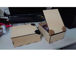 Box with Lid 附蓋盒子