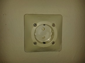 Rotating Outlet Cover / Child Protector - European Schuko Style