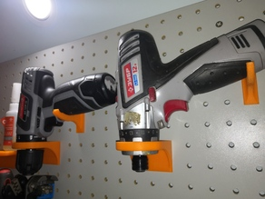 Pegboard drill holder (25mm pitch, 5mm holes)