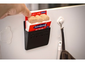 Salvequick band aid holder