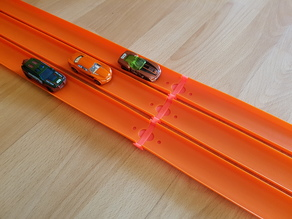 Hot Wheels 3 & 4 Line Track Connector