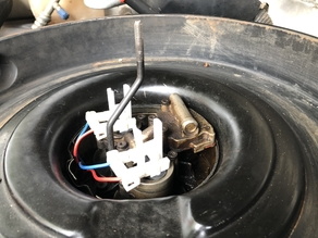 Chevrolet Fuel Injector harness retainer