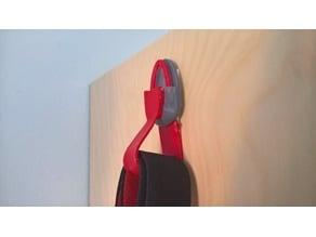 Flexible Mounting Hooks