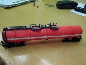 8 axl, 120 ton water railroad tank H0 (1:87)