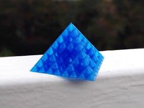Customizable spiral vase Sierpinski pyramid (subtractive model)