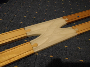 Brio compatible crossover track (parallel tracks)