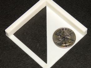 Center of a circle locator