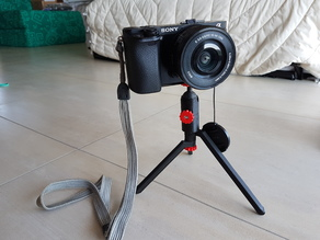 low footprint, ultra light tripod