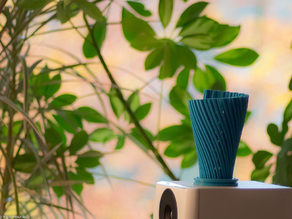 Makerbeam Vase II