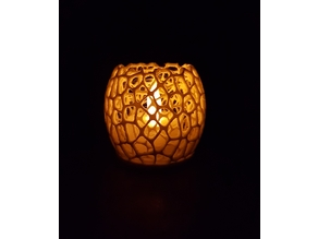 Tealight Holder Voronoi with big holes