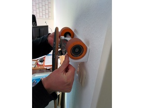 Longboard / Skateboard wall holder