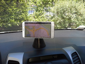 magnetic mount for smartphones in cars