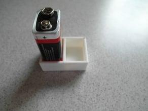 Customizable 9V battery holder