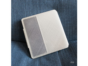 Kindle Oasis 2 hard case (with original Amazon case on)
