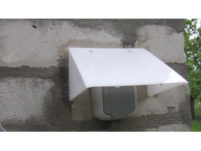 Outdoor socket rain cover