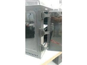 Mechanical part of a Zortrax door