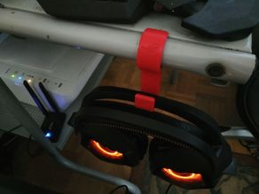 Asus ROG headphone holder