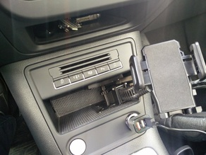 VW Tiguan Mobile Phone Mount without screw