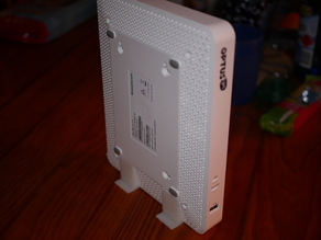 Sagemcom F@ST 3864 vertical stand