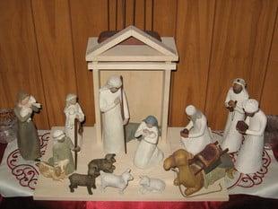 Willow Tree Nativity Scene Stable