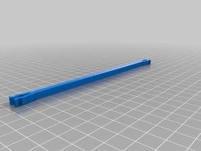 Adjustable wire spreader