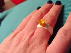 LowPoly Tulip Ring