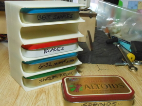 Altoids tin caddy