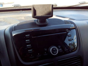Phone dock (philips W8510) on dash dock fiat blue&me - DOBLO