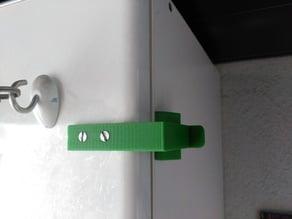 Cierre para armario. Cupboard lock