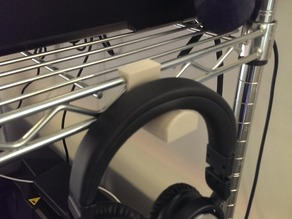 Customizable headphone hook for wire racks