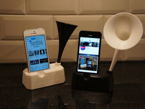 Iphone 4, 4S, 5 and 5S stand with speaker / horn