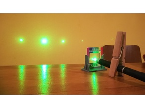 Stand for linear diffraction grating
