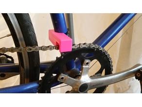 Bicycle chain guide