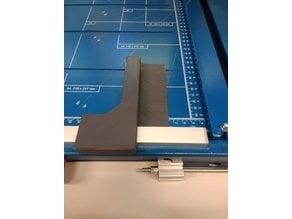 Stop for cutting small strips on a Dahle lever cutting machine - Anschlag um kleine Streifen auf Dahle Hebel-Schneidemaschine zu schneiden