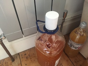 HomeBrew Airlock for 5L water bottle