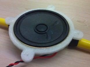 Round speaker holder