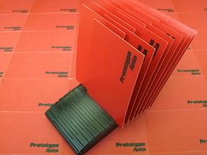 Card Fanner/Holder : A decorative name card / business card holder