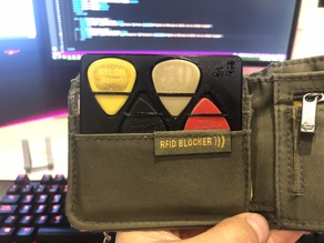 Pick Pocket Holder