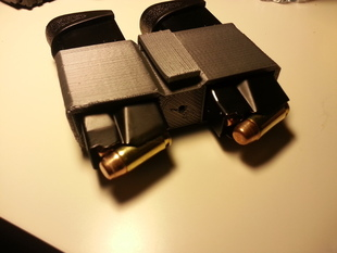 S&W .40 I/O waistband dual magazine holder