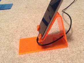 Ipod / Iphone stand