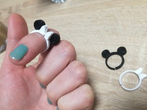 MinniEdi own the ring bow for mickey or minnie ring