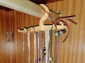 Necklace hanger