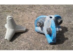 Tetrapod mould & tetrapod ; brakewave