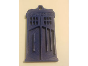 Doctor Who Tardis Keyring with DW on the doors
