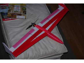 RC airplane fuselage for plank wing