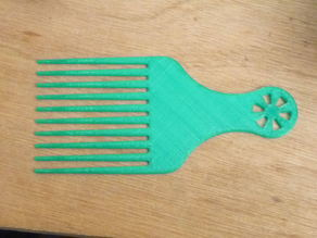 Simple afro comb