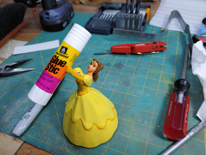 Belle Figurine for holding small things for fun