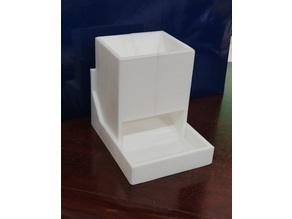 Dice tower with cover/tray