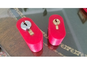 Lock Body Holders for picking practice of Key in Knob (KIK) style lock bodies.